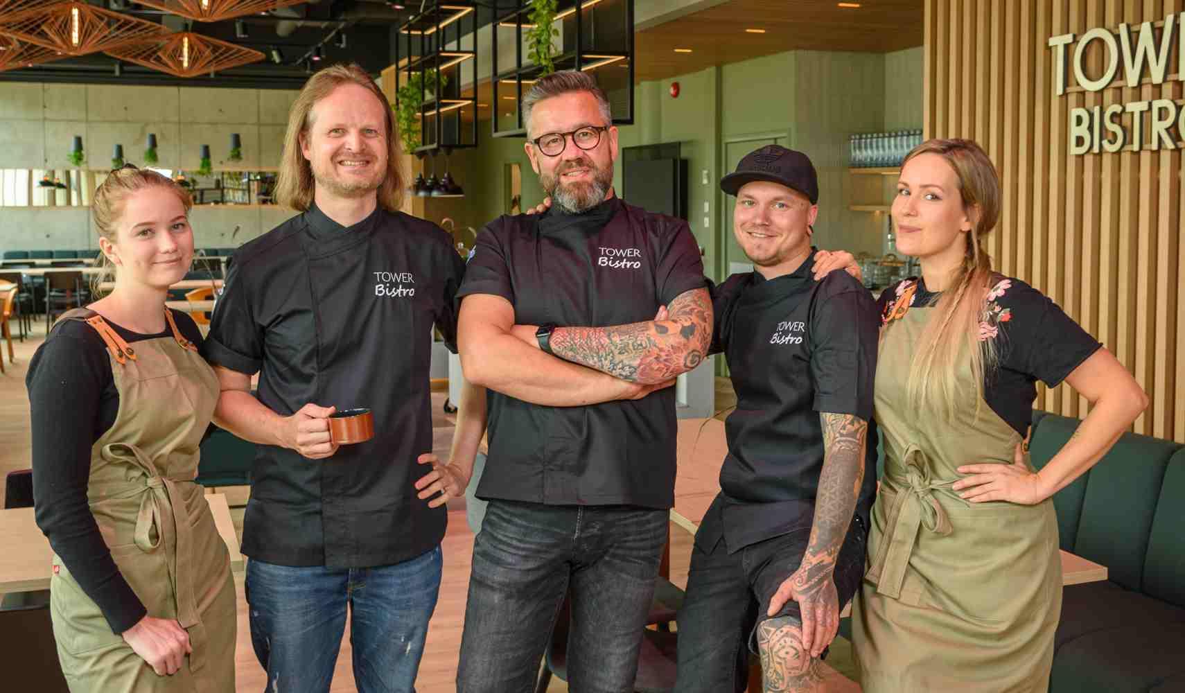 Tower Bistron henkilökuntaa: Oona Salin, Mikko Lehtinen, Tommi Myllykangas, Tuomas Urpilainen, Tiia Myllykangas.